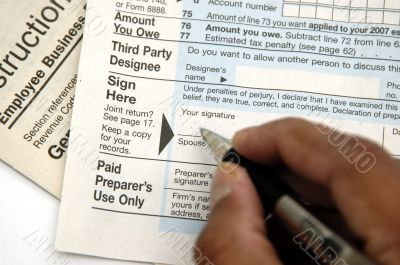Signing a tax return