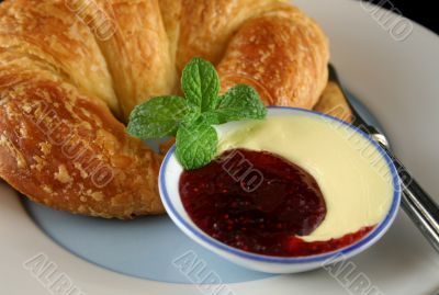 Jam And Butter 1