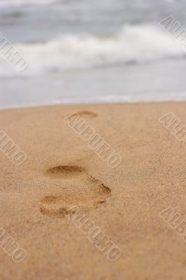 footprint on sand 1