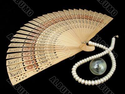 chinese wooden fan