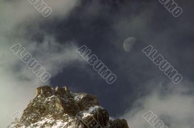 Moonrise & Himalayan peak
