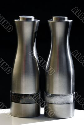 Stainless steel pepper and salt grinder
