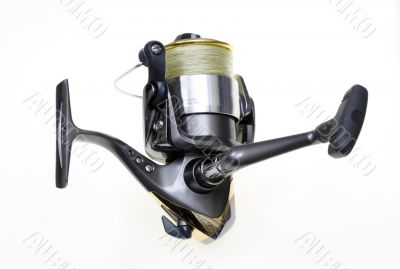 Sports fishing reel