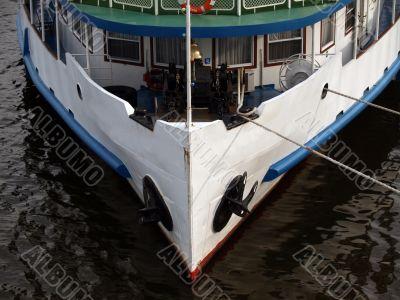 Steam ship bow