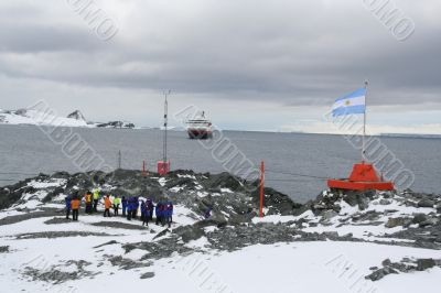 Cruise ship tourists visiting polar research