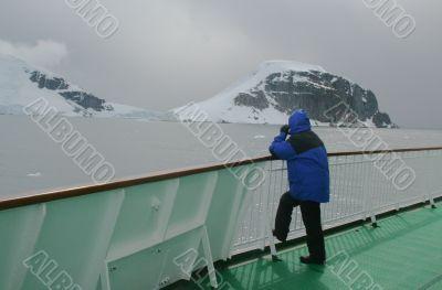 Cruise ship passenger