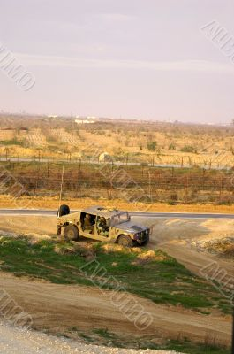 Israel army jeep near gaza border