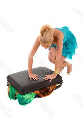 Suitcase too full