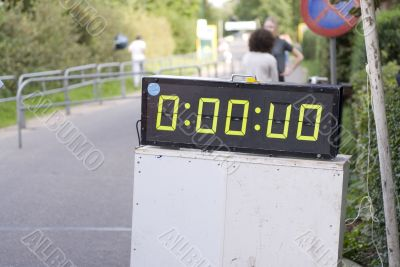 clock by running event