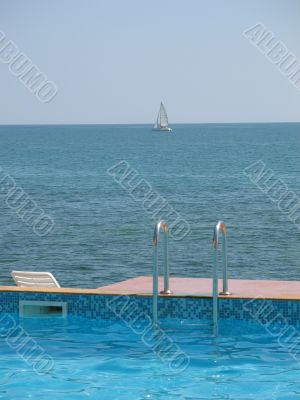 Swimming pool and sea