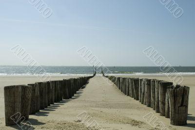 Poles to break waves