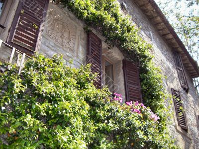 House flowered balcony in Assisi