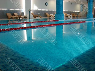 Corner of swimming-pool in fitness