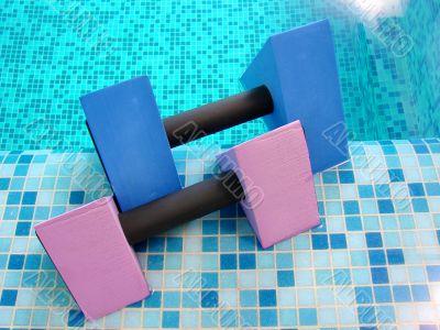 aqua dumbbells pink blue