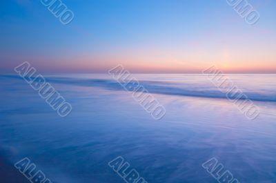 peaceful scene of the ocean