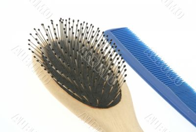comb and brush on white