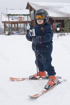 The beginning sportsman-mountain skier