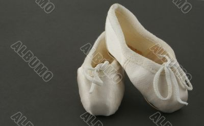 tiny ballet shoes