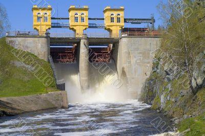 Storage dam