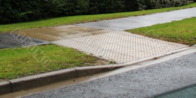 pavement assistance ramp
