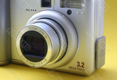 zoom lens 3x