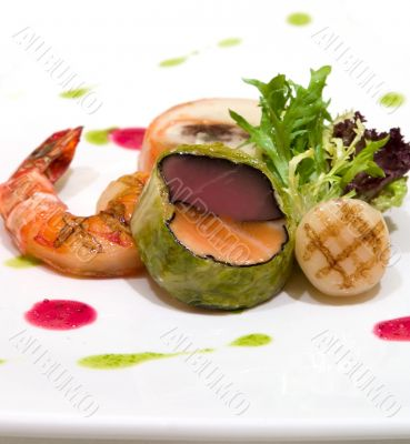 Tuna and fresh salmon wrapped in cabbage