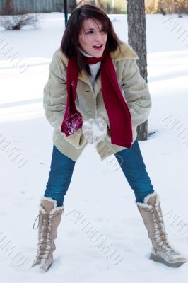 Snowball fight time