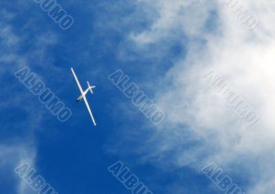 The white easy plane.