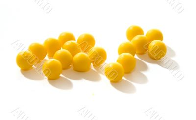 yellow round pills