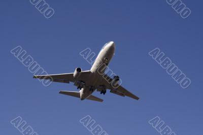 Landing passenger plane 1