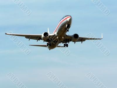 commercial jet in flight 2