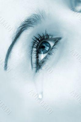 crying eye. blue highkey version