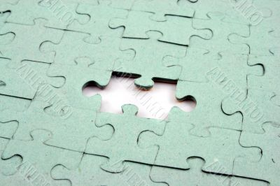 Jigsaw One Bit Out