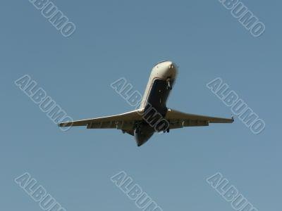 commercial jet in flight 10