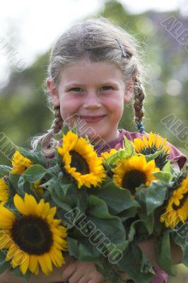 Cute sunflower girl