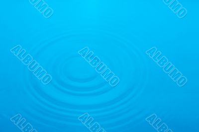 circles in blue water