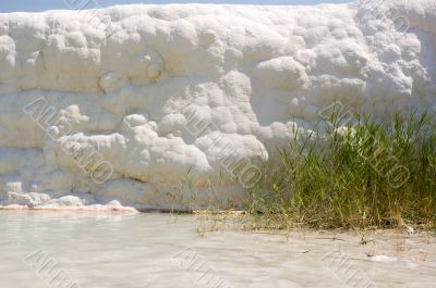 Wall of calcium. Pamukkale.