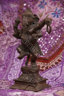Bronze Ganesha dancing