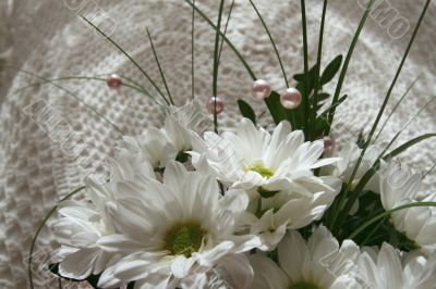 White flowers on the pillow