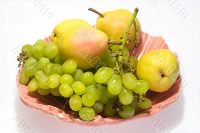 Pears and grapes in pink vase 5