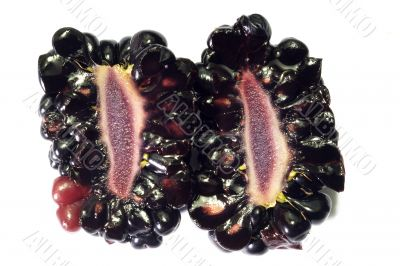 Half-cut and solid blackberry berries 1
