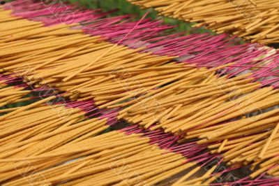 Drying incense