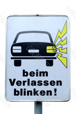 traffic sign beim Verlassen blinken