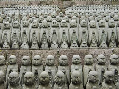 japanese jizo sculptures