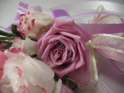 A beautiful bouquet of wedding flowers