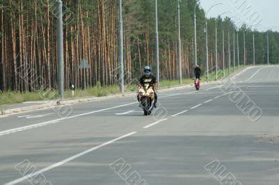 Competitions on sportbikes