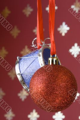Christmas ball and drum (selective and soft focus)