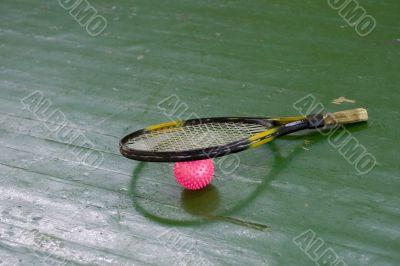 racket & pink ball