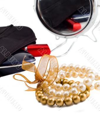 Pearls and makeup set