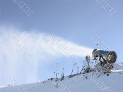 snow gun make show
